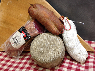 assortiment charcuterie fromage
